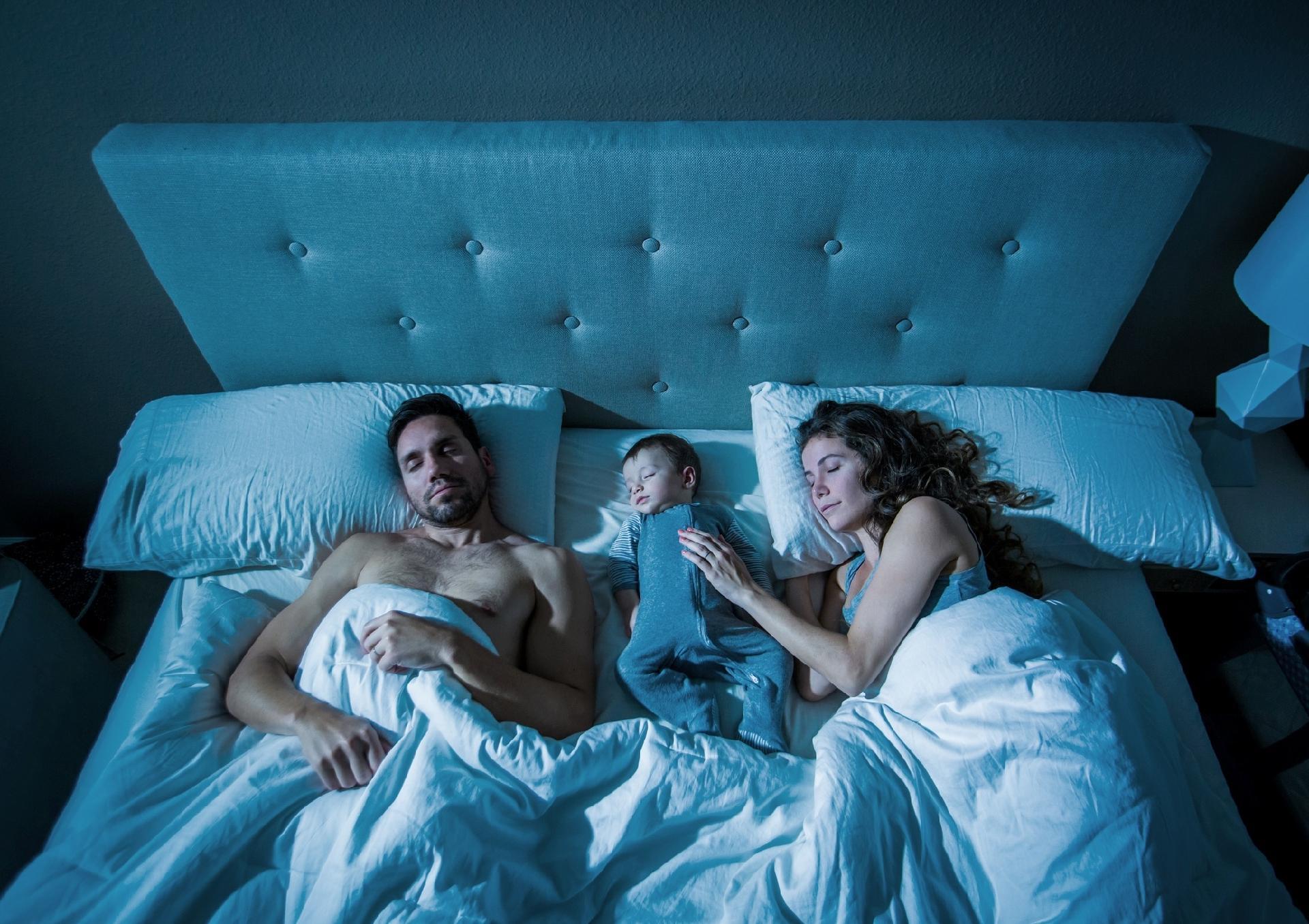 dormir no berço ou na cama dos pais